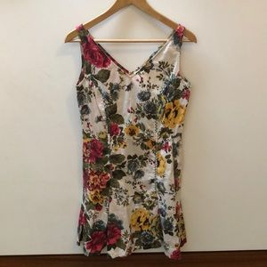 NEWPORT NEWS- Floral V-neck Tank Fitted Dress